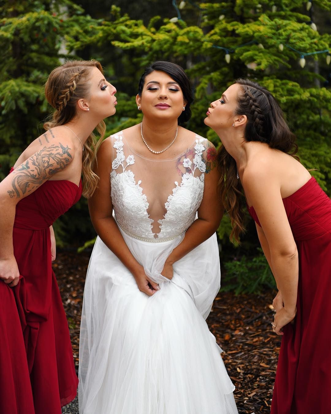 Beautiful Samantha and her bridal party