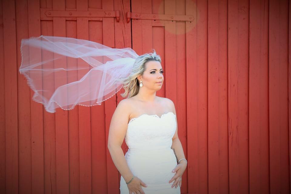Bride Ashley by Monika-photo Lisa Keene